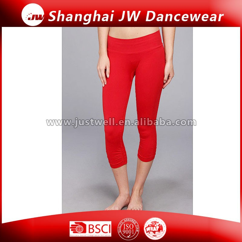 Custom Fitness/Skin tight knit OEM/ODM wholesale Hot Sexy Ladies Yoga Pants/Capris
