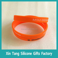 2016 custom debossed wristband cheap silicone bracelet
