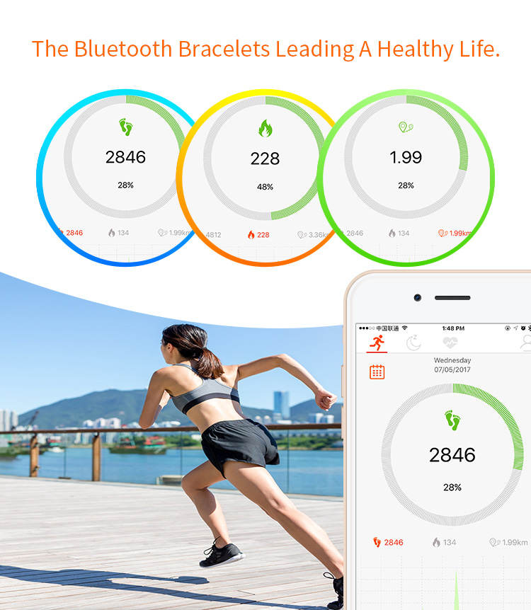 Fitness tracker watch heartbeat monitor fitness band