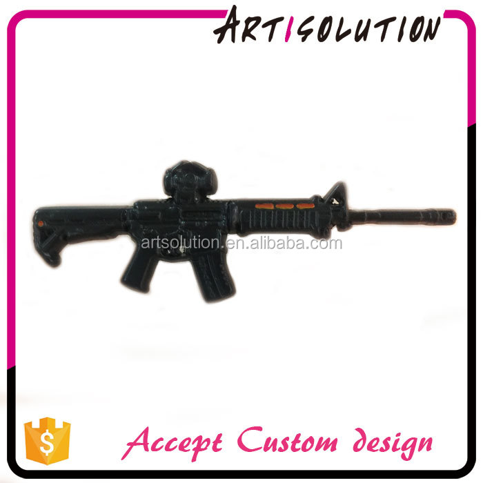 Giveaways Custom Zinc Alloy Metal 3D Gun Lapel Pin