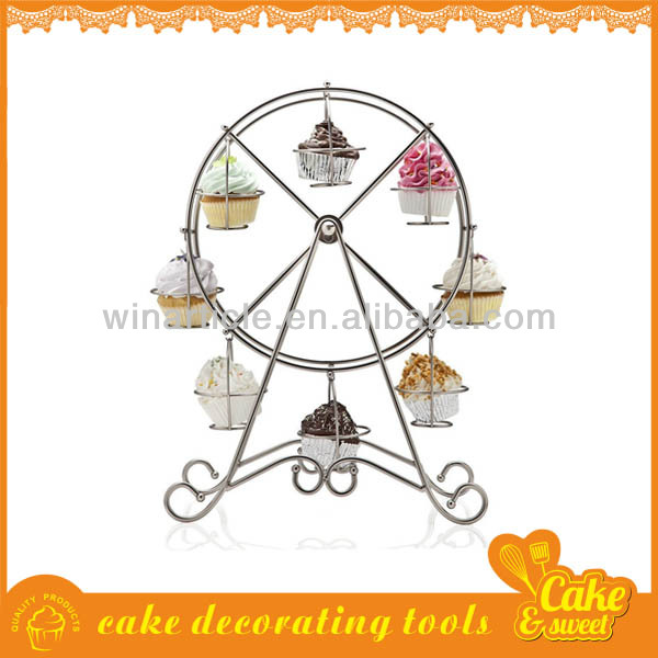 Metal wire ferris wheel cupcake stand