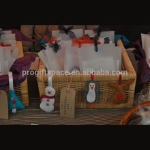 2018 new hotsale China handmade snowman/penguin/deer/tree crafts wholesale fabric box ornament gift felt Christmas hanging