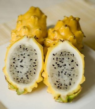 Yellow Dragon Fruit (Piyahaya)