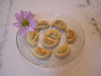 Home-made Crispy Cashew nut Cookies