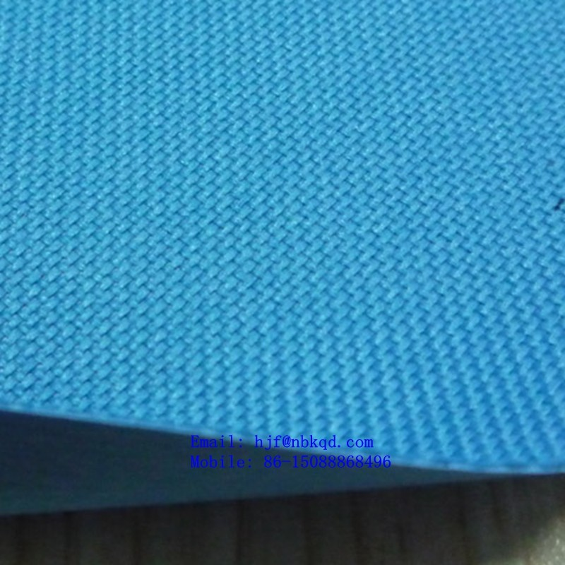 0.55mm Low Lead Embossed 600 X 300 Denier PVC Backed Polyester for Industrial Applications