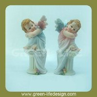 sitting angel statue gift item