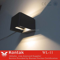 Popular selling modern design square ip65 aluminum wall mounted led wall light outdoor