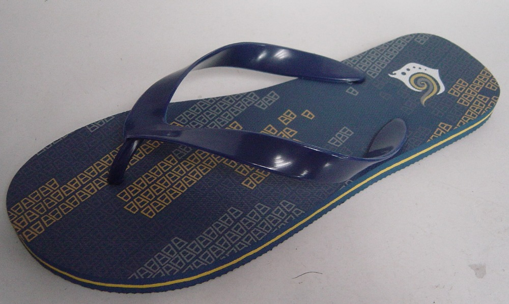 Simple PVC Strap sole with water line Men S Slippers