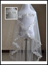 Fashion beautiful Wedding Veils With Applique Lace /Beaded Bridal Veil/Long soft white veil