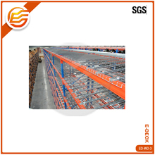 Flared channel or U Channel wire mesh decking for warehouse