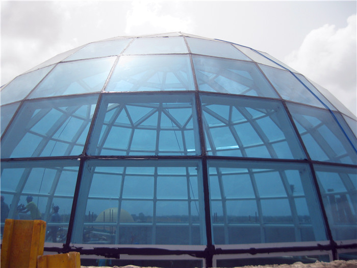 Unique Design Low Cost Hollow Laminated Glass Dome House