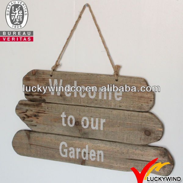 Aged Chic Wooden Garden Letter Guidepost