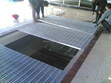 Q 235 & Q 275& Q 295 mild steel flooring grating drainage trench cover/manhole cover