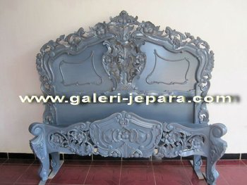 Antique French Rococo Bedroom Sets - Distressed Mahogany Rococo Bed - Furniture Carving Jepara