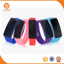 Wholesale silicone material sport digital wrist watch for men