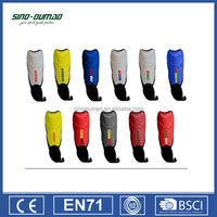 Custom world cup football fans soccer shin guards with ankle