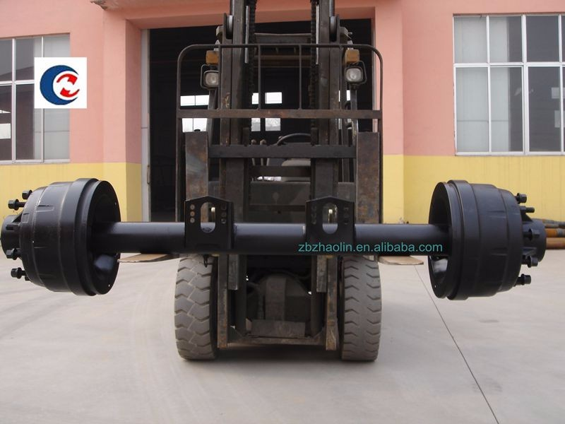 Supporting the truck 127 Round american semi trailer axle for transportation