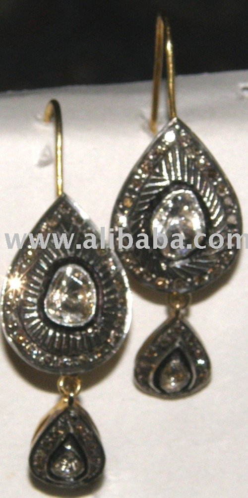 Earings With Diamonds A