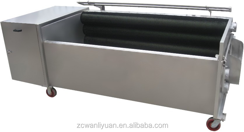 Vegetable and seafood washing and peeling machine
