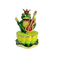 Fashionable Metal Pewter Alloy High quality rhinestone Enamel Frog playing guitar on lotus leaf trinket box NW002