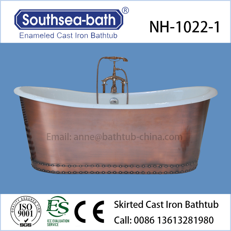 Copper Bathtub Antique Freestanding Bath Tub in Bathroom