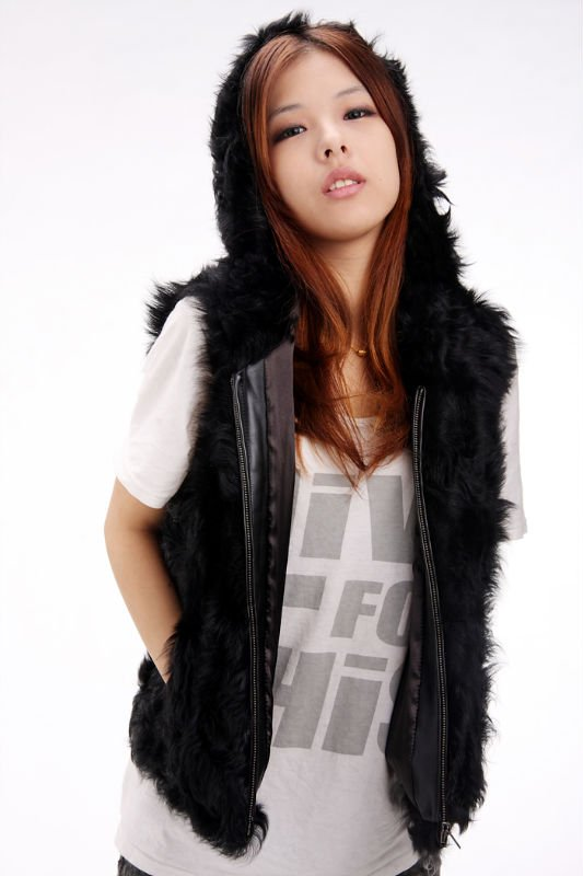 Free shipping YR-242 Hooded genuine kalgan lamb fur vest sheep gilet