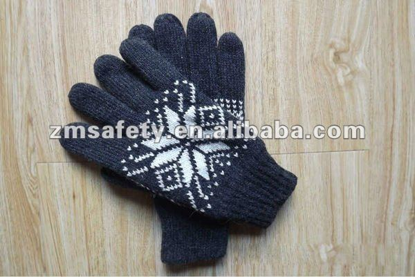 Acrylic Black Men's Gloves For Winter Use ZMR583