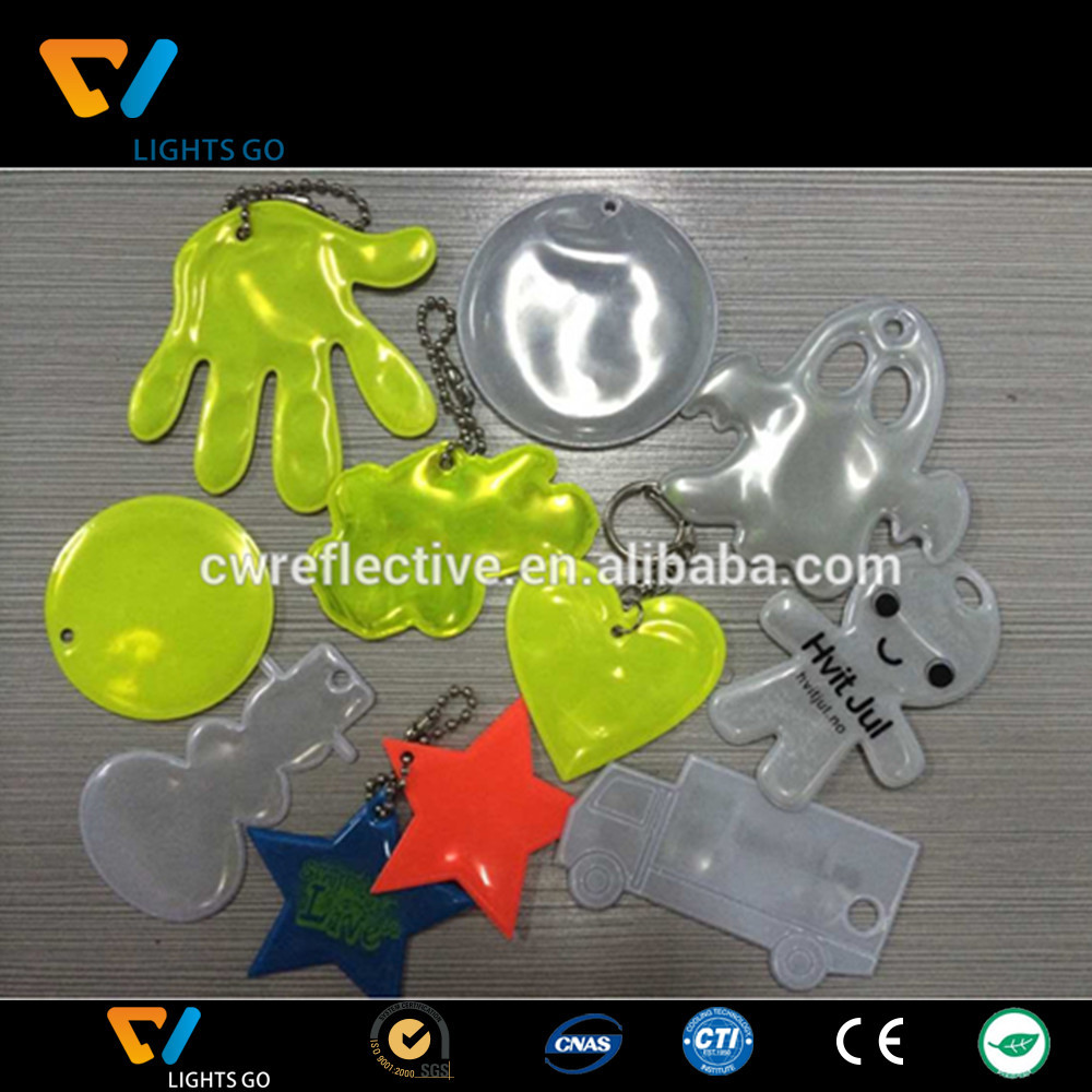 low MOQ cheap promotion soft pvc reflective keychain
