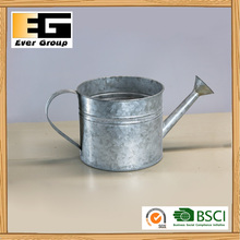 Galvanized Chemical Colour Pot To Water The Pot