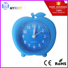 Mini rubber silicone apple shape desk clock