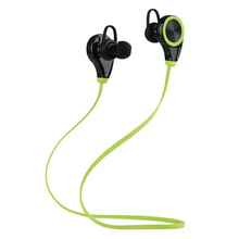 2017 trending products Sweatproof Stereo In-ear Bluetooth 4.0 Wireless Sport Headphones Secure Fit Running