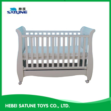 High quality solid pine wood baby bed, baby cot bed prices, bed baby's for sale