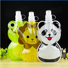 Animal design Portable Folding drinking water bag stand up pouch with spout