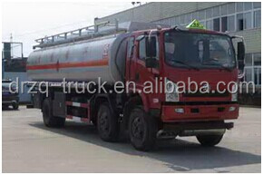 Good quality Dongfeng Euro 4 / Euro 3 emission standard 6*2 19CBM light fuel refuelling truck/ light fuel tank truck