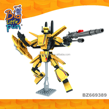 Plastic connecting super hero building block series DIY robot toys for boys