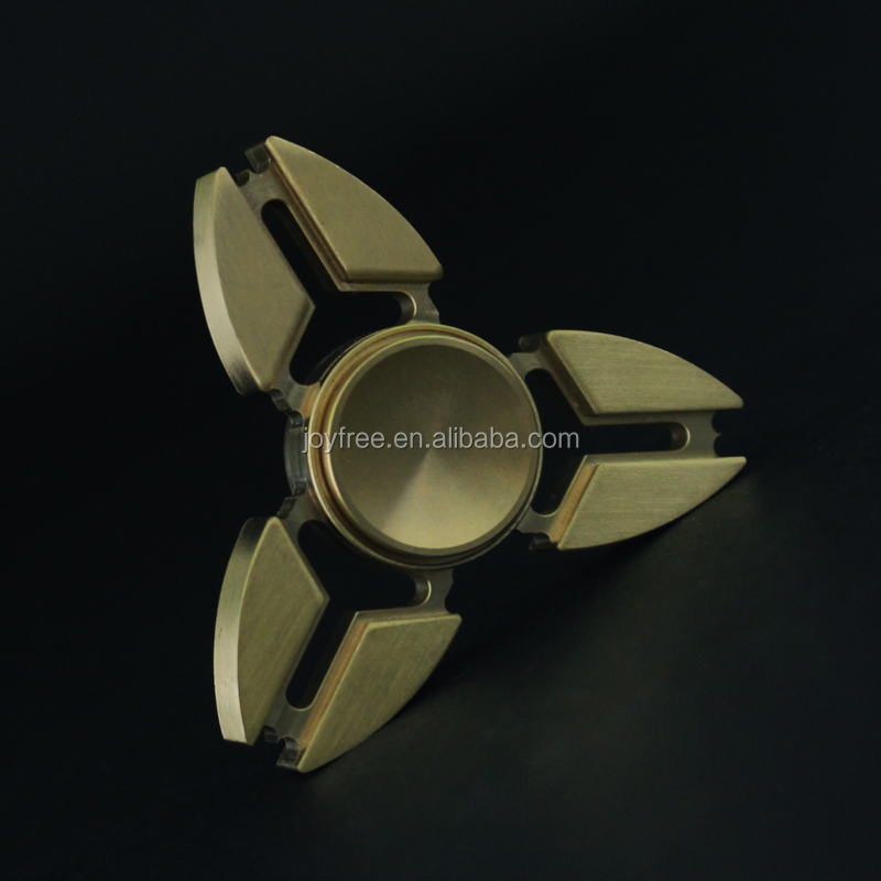 2017 hot OEM 3d toy finger hand spinner takara tomy
