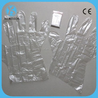 Disposable PE plastic 2pcs folded gloves in pair for hair salon