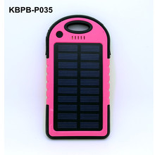 Wholesale new invention waterproof solar power bank 5000mah for smartphone