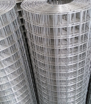 welded wire mesh fence panels in 4 gaugewelded wire mesh landscaping fence