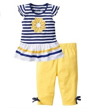 new design pretty girl suit striped top and yellow legging