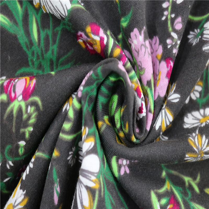 fashion flower cotton printed fabric for Dress and T-shirt