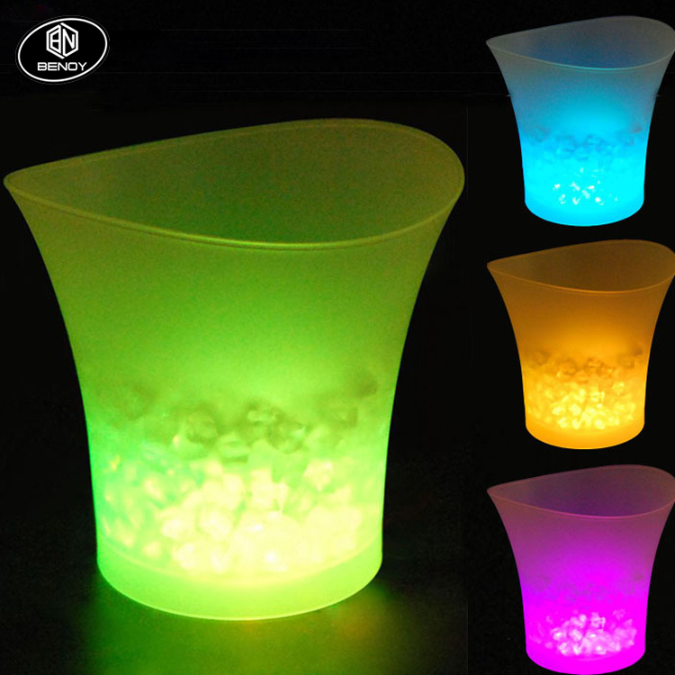 Hot Sale Bar KTV Outdoor Party Remote Control Colorful Pro-environment Plastic LED Ice Bucket