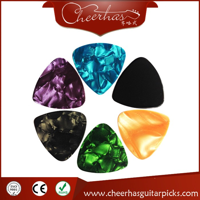 High Quality Cheapest Specialized Wide Triangle Guitar Picks
