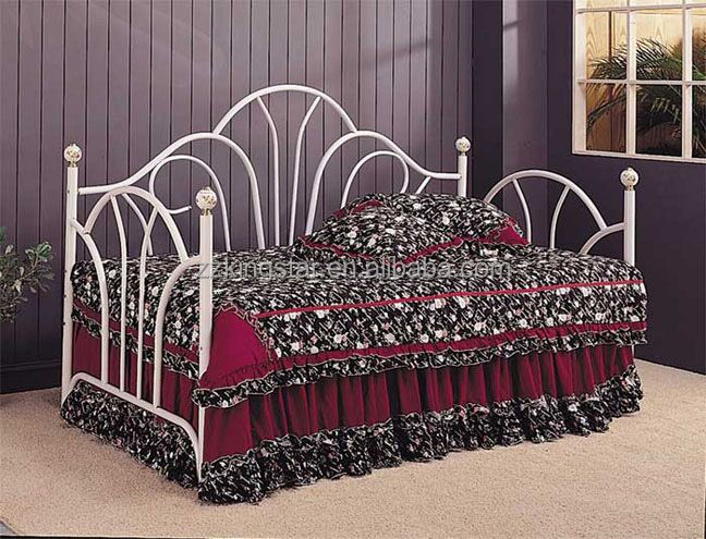 Discount twin size iron metal daybed with crystal finials