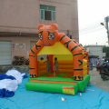 2017 hot kids commercial inflatable tiger castle bouncer