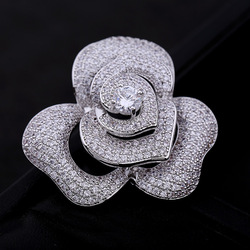 Women Luxury Bridal Micro Pave Zircon Rhinestone Dress Brooch Pin Sparkly Diamond Crystal Rose Flower Brooches
