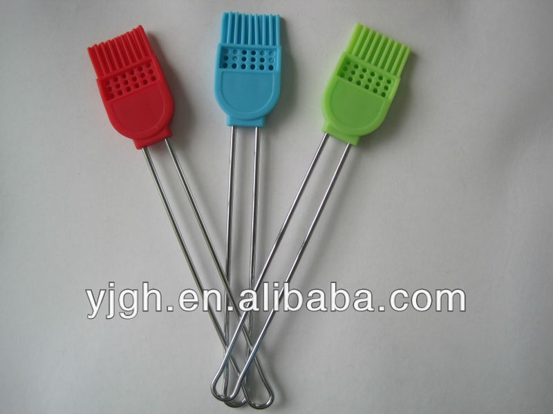 2013 new design silicone spatula with stainless steel handle