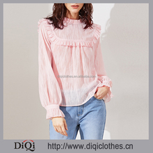 Latest design pictures spring guangzhou clothing factory OEM woman fashion Pink Buttoned Keyhole Back with Ruffles Blouse