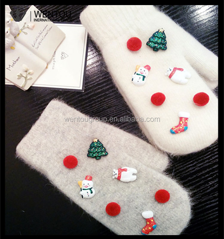 Lady's Polar Bear Thickening Warm Christmas Mittens