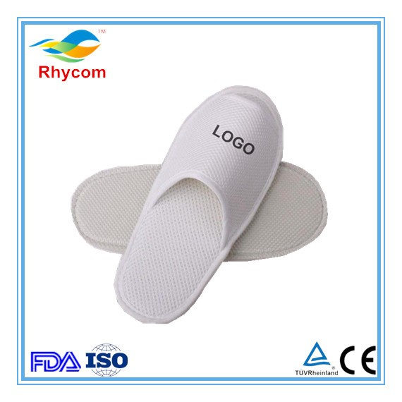 Low price hotel disposable slippers soft sole white disposable slipper new men women indoor hotel bathroom slippers